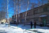 Жители аварийного дома в ХМАО просят Комарову помочь с расселением. ФОТО