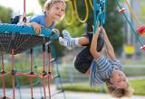 В Сургуте ребенок получил тяжёлые травмы на игровой площадке