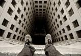 В Сургуте психолог спас жизнь парню, который хотел спрыгнуть с 7 этажа