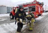 Пожарно-спасательный гарнизон Октябрьского района «тушил» пожар нефти в Нягани. ФОТО