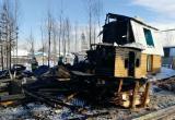 В Нягани сгорел дачный дом и гараж. Объявлен сбор помощи погорельцам. ФОТО