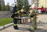На территории школы №9 в Нягани прошли пожарно-тактические учения. ФОТО