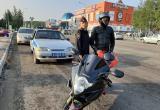 Автоинспекторы и представители мотоклуба в Нягани провели акцию «Шлем – всему голова»