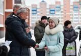 44 няганских семьи из балков и вагонов получили ключи от квартир. ФОТО