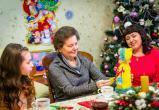 Наталья Комарова исполнила желание девочки из многодетной семьи
