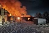 В Нягани 1 января 2021 года произошёл пожар в хлебопекарне. ФОТО, ВИДЕО