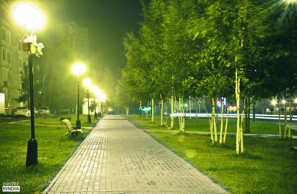 Фото Нягань, пешеходная дорожка.